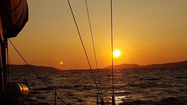 Sonnenuntergang über Drvenik